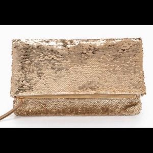 Margeaux Clutch Gold